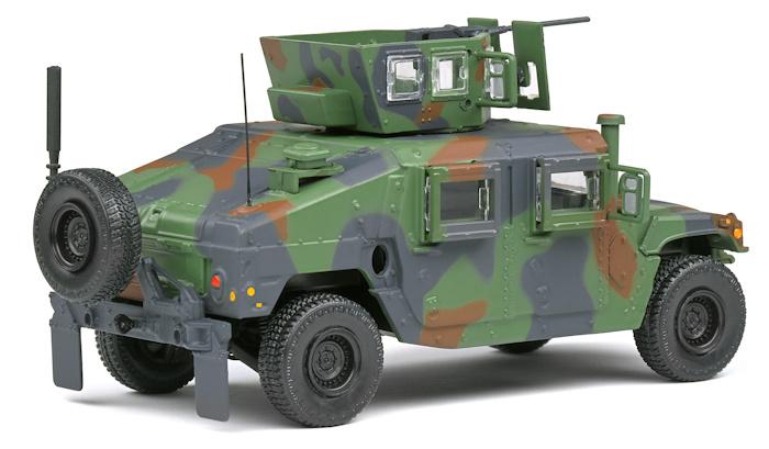 AM GENERAL M1115 HUMVEE Solido
